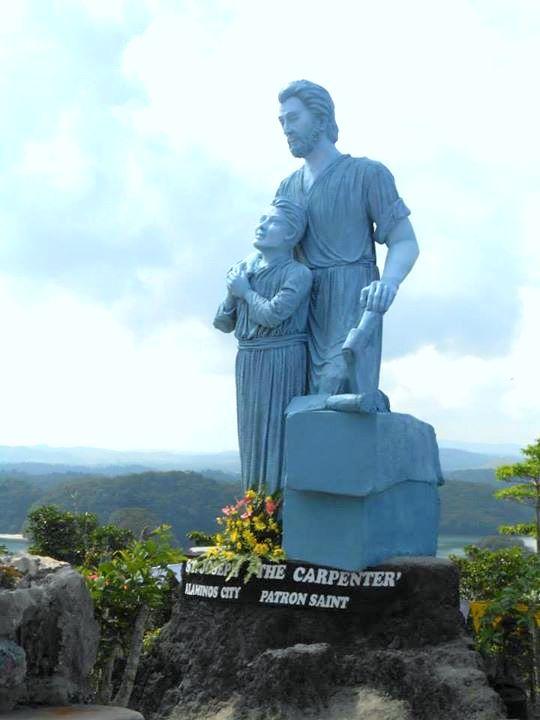 Statue of SAINT JOSEPH, THE CARPENTER in Hundred Islands National Park