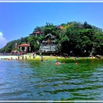 Hundred-Islands-Swimming