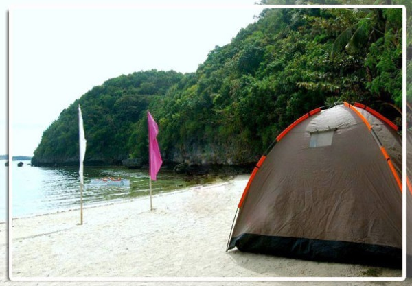 Hundred-Islands-camping